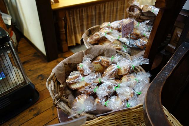 最近はどのパン屋でも見るようになったラスクもあります。|くのパン