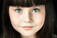 Face (Kilkennycat) Tags: portrait girl canon children happy child 50mm14 greeneyes freckles bangs 500d oneflash kilkennycat t1i ryanconners