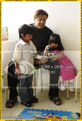 Dad reading storybook to his kids  ROMMELBANGIT ID#RTB049 (ROMMEL BANGIT) Tags: daddy dad father pop architect ancestor papa dada fathersday comfort nurture predecessor author protect doha qatar qat advise founder pater patriarch tatay originator lookafter progenitor forefather fatherandkids takecareof allfather forebear headofthefamily rommelbangit maleparent padredepamilya