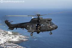 BHELMA VI AS332 (lloydh.co.uk) Tags: flying flight aviation helicopter crewman shooter spain spanish army bhelma vi as332 super puma ab212 bell helicopters lanzarote air a2a airtoair airtoairhelicopter aviationphotography bhelmavi as332superpuma bellab212 bellhelicopters airbus eurocopter