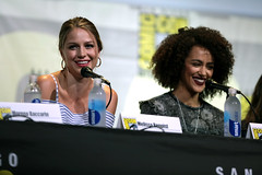 Melissa Benoist & Nathalie Emmanuel (Gage Skidmore) Tags: connie nielsen ming na wen morena baccarin melissa benoist nathalie emmanuel tatiana maslany lucy lawless san diego comic con international california convention center ew entertainment weekly women who kick ass