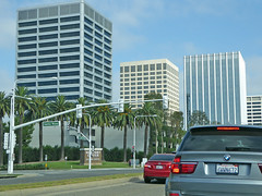 Newport Beach 7-13-16 (5) (Photo Nut 2011) Tags: newportbeach california orangecounty bmw toyota