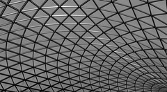 Roof of the British Museum, London. (kevaruka) Tags: london britishmuseum bw blackwhite composition canon canon7d canonef24105f4l museum indoor roof structure building architecture street thephotographyblog frontpage flickr photography july summer england unitedkingdom greatbritain uk gb eosdigital digital