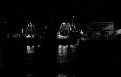 da 00:30 alle 04:00 di un mercoledi (enricoerriko) Tags: enricoerriko portocivitanova citanò sanmarone pesca pesce marineria flottiglia motopeschereccio mareadriatico sea mare cassette apette mercoledimaggio2016 porto civitanovamarche vongolare commercianti grossisti capitani proteus proteuspesca lunarossa dantepadre port italie italy nyc la sanfrancisco sandiego ca us fish fishingboat fishmarket fisherman portolano boa rete net shipswheel rope erriko enrico sunshine sunset google altavista web sunrise sun moon earth globe grass piazzaxxsettembre lidocluana casadelpopolo murales