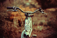 (:*`*:.Diey :*`*:) Tags: bycicle dof wheel summer hungary lookslikefilm nikon 50mm 50mmf14 vsco vscofilm colorful