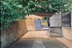 000045 (sizitanimiyorum) Tags: zenit 122 analog film tudor outside travelling street streetphoto