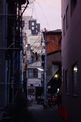 (  / Yorozuna) Tags:          alley alleyway backalley road  passage  ichigaya  akebonobashi pentaxautotakumar55mmf18  tokyo japan