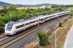 UT 449 (Escursso) Tags: catalonia catalunya creixell electrotren portrom regional renfe spotter tarragona trainspotting costa railway spain spotting train tren 449 ut449 s449
