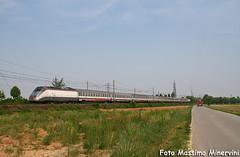 La Mi-Ve in una foto! (Massimo Minervini) Tags: e414 es eurostarcity milanovenezia romanodilombardia bergamo ti rail trenitalia treno passeggeri viaggiatori canon400d trains