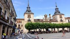 2016-8201 El Burgo de Osma - Plaza Mayor (Wolfgang Appel) Tags: wolfgappel spanien spain espana soria elburgodeosma burgodeosma plazamayor