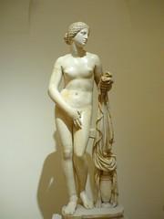 Afrodite Cnidia (SixthIllusion) Tags: afrodite cnidia sculpture rome roma art ancient roman hellenic italy travel beauty goddess venere