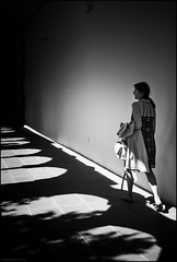 St. Francis Church - vora - Portugal ( joaquim nunes) Tags: monocromtico blackwhite preto e branco pessoas arte bw fair gente profundidade de campo msico artista fundo artist eletrnicos