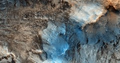 ESP_016127_2030 (UAHiRISE) Tags: mars nasa jpl mro universityofarizona landscape geology science