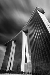 towering (chocoorange) Tags: marinabaysands mbs singapore bnw blacknwhite architecture