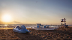 Silvi Marina (GiuliaCibrario) Tags: barca alba abruzzo boat sunrise mare sole sun sea beach spiaggia baywatch paesaggio landscape dawn sabbia summer estate pedal