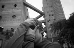 sesc pompeia - so paulo brasil (petros.terra) Tags: 35mm film filmphotography minolta rokkor 28mm ilford fp4 streetphotography urban people brasil rio sp portrait face friends bw blackandwhite