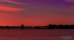 Embalse de Santillana (jchmfoto.com) Tags: landscape sunset wondersofnature reservoir embalse entorno environment formacionesterrestres formaciónacuática medioambiente maravillasdelanaturaleza ocaso paisaje tipo vista sotodelreal comunidaddemadrid españa es