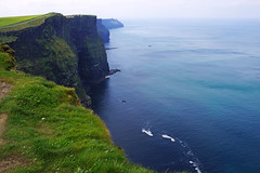 Breathtaking view from the edge of the Cliffs, Clare, Ireland (Andrey Sulitskiy) Tags: ireland clare cliffsofmoher