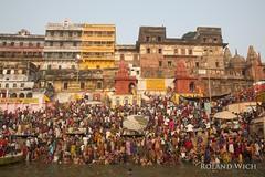 Varanasi (Rolandito.) Tags: benares varanasi india inde north northern indien people ganga ganges river
