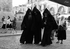 3 equal (Spiderdama) Tags: white black blackandwhite bw monochrome mono holyland israel streetphotography streetphoto jerusalem jerusalemstreet