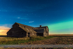Big Dipper and Aurora over Old Barn #2 (Amazing Sky Photography) Tags: alberta astronomytoolsactions aurora barn bigdipper constellation harvest moonlight northernlights ruleofthirdsdemo abandoned compositiondemo nightscape prairie rustic