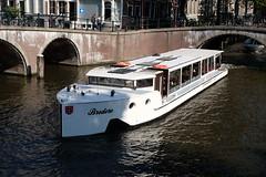 Canal cruiser Bredero (DennisM2) Tags: leidsegracht keizersgracht amsterdam rondvaartboot bredero canalcruiser tourism toerism