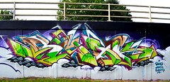 Cloud steppin (SMAK TOWN) Tags: smak grafiti graff graffiti bristol ments sled m32 bris wales welsh
