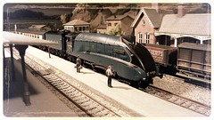 LNER A4 Mallard (skatuba) Tags: train layout lner class a4 mallard record bachmann streamlined steam engine salchester lms 00