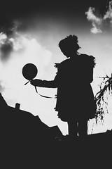 Lighthearted (mripp) Tags: baloon lighthearted light easy easygoing unbeschwert leicht leben life black white mono monochrom art kunst silhouette umriss schatten playing play spielen spiel kinder kind children child sony alpha 7r ii voigtlnder nokton 35mm magic magisch romance romatic zaubern zaberei