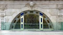 London and South Western Railway (L&SWR) (oxfordian.world) Tags: londonandsouthwesternrailway bleiverglasung waterloostation lambeth london england gb eisenbahngesellschaft londonwaterloostation stainedglass oxfordian lumixlx7 history architecture fassade lswr