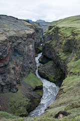 Near the glacier Eyjafjallajkull (Rita Willaert) Tags: kloof eyjafjallajkull myrdalsjkull hellisholar markarfljot innriemstruariver homsarivier eyjafjallajkull myrdalsjkull suurland ijsland is scenicsnotjustlandscapes