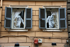 Street Art, i Roma (dese) Tags: 2 two italy streetart rome roma photo spring italia foto arte april to friday vr gatukonst april26 fredag dese arteurbana gatekunst arturbain 2013 desefoto