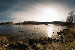 Afternoon sun (johanbe) Tags: bridge light sky sun sol water sunshine spring nikon afternoon ducks samsung fisheye vatten vr kunglv eftermiddag nordrelv