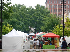 rainy market (Joelk75) Tags: festival tn knoxville farmersmarket tennessee biscuits marketsquare internationalbiscuitfestival