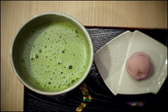 Maccha break! (Eric Flexyourhead) Tags: food japan tea sweet bubbles snack 大阪 日本 osaka treat matcha greentea kansai confectionary maccha ishibashi ikeda wagashi 和菓子 抹茶 石橋 池田市 関西地方 ikedashi olympusep1 slrmagic26mmf14toylens