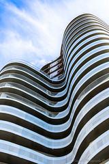 (thomas coquelet) Tags: nantes architecture ciel blanc noir nikon d7100 18105 hyperfocal amateur naoned immeuble courbe gometrie lignes extrieur
