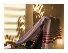 l t est bien l (Hlne Baudart) Tags: t plage chaise longue repos rayures
