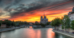 Sunset over Notre Dame de Paris (C@rlos@FC) Tags: europe france hdpentaxda1685mm hdr paris ledefrance platinumheartaward