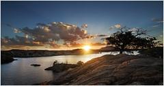Sunkist (Steven Kuipers) Tags: granitedells mountains arizona prescott watsonlake trees tree lake rocks sunburst sky clouds sunset
