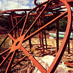 Rusty wheel (Eric.Ray) Tags: circle rust 365 photo project cellphone 52 weeks explore