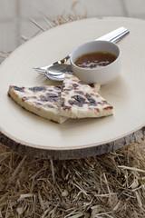 Iltalypsy - 3 (JP Korpi-Vartiainen) Tags: cheese feast rural finland table desse