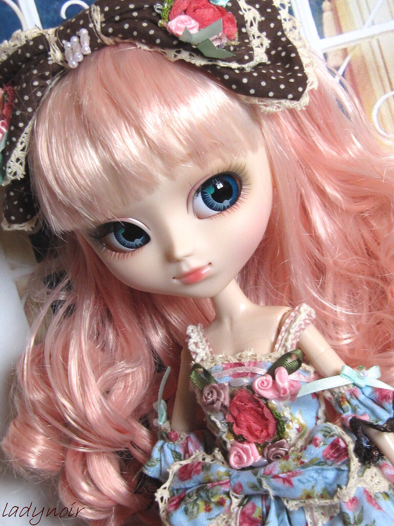 The world 39 s best photos by ladynoir63 flickr hive mind for Alice du jardin pullip
