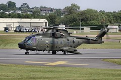 ZJ998 Fairford 15/07/11 (Andy Vass Aviation) Tags: merlin fairford zj998 helicopter royalairforce