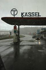 A7 mit Raststätte bei Kassel - Deutschland