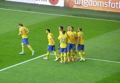 Gratulacje (magro_kr) Tags: game sport gteborg football sweden stadium soccer gothenburg match sverige stadion goteborg szwecja vstergtland pilkanozna mecz vastergotland pikanona