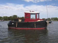 IMG_2497 (deben.taurus) Tags: suffolk forsale tugboat woodenboat deben handbuilt boatforsale minitugboat