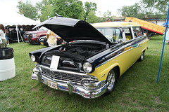 1956 Ford Ranch Wagon (Crown Star Images) Tags: street old hot classic cars ford car station minnesota june st vintage wagon paul fairgrounds estate state rod 1956 annual six rods mn 56 hotrods nineteen association stationwagon 2012 fifty 39th fomoco estatewagon henryford estatecar msra streetrods shootingbrake fordmotorcompany backtothefifties longroof nineteenfiftysix