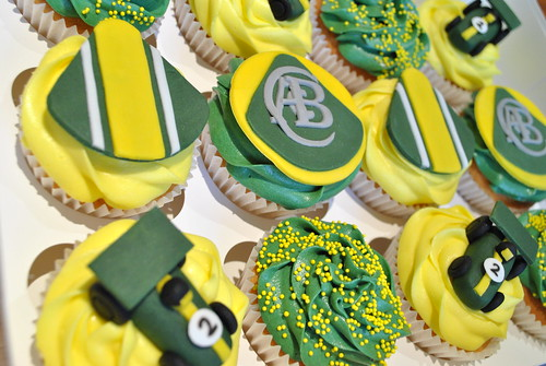 """Lotus themed cupcakes (1) • <a style=""""font-size:0.8em;"""" href=""""http://www.flickr.com/photos/75246959@N05/7474335656/"""" target=""""_blank"""">View on Flickr</a>"""