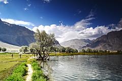 Blind Lake - Shighar (anbajwa) Tags: blindlake shighar skardu gilgitbaltistan northernareaofpakistan pakistan lake mountains clouds asimnisarbajwa anbajwa nikon flickr beauty awesome photography