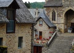 Estaing - Aveyron (Cherryl.B) Tags: village mdival chteau glise pierres pavs stjacquesdecompostelle tourisme escalier maisons faades btiments